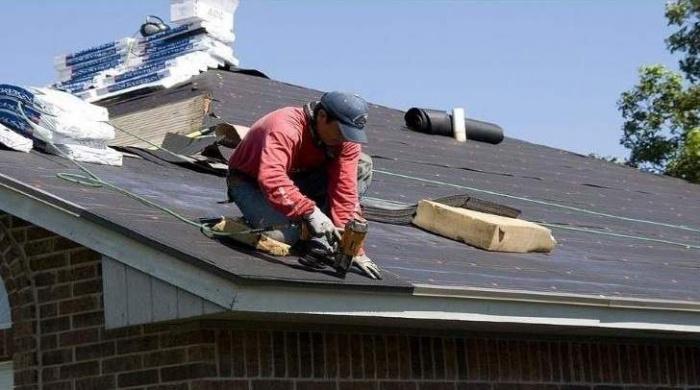 От чего может протекать крыша