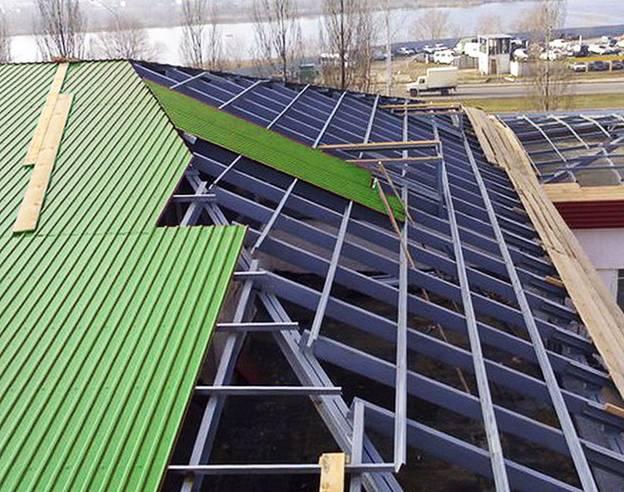 Вальмовая крыша из профлиста своими руками