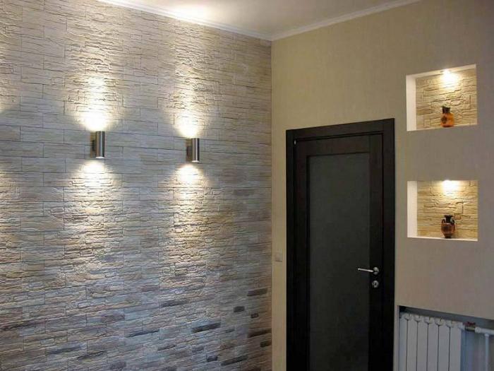 Отделка стен искусственным камнем в прихожей + фото: http://bouw.ru/article/otdelka-sten-iskusstvennim-kamnem-v-prihozhey