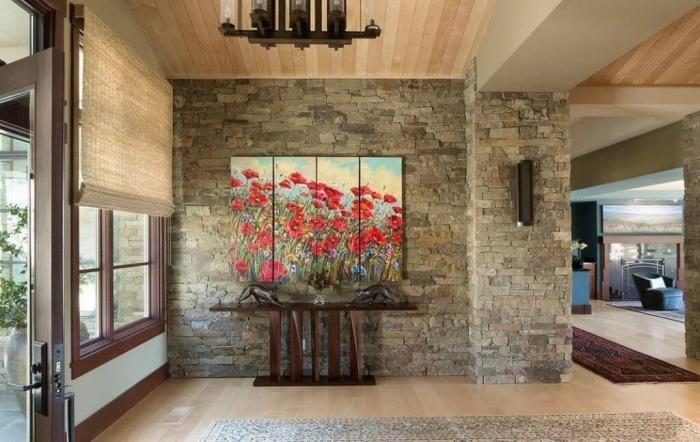 Картины в интерьере прихожей и коридора фото