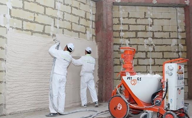 Механизированная штукатурка стен и потолков