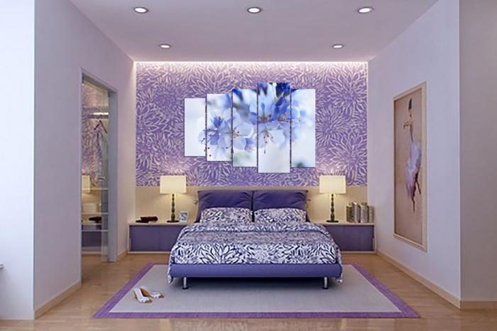 Поклейка обоев двух видов дизайн фото спальня