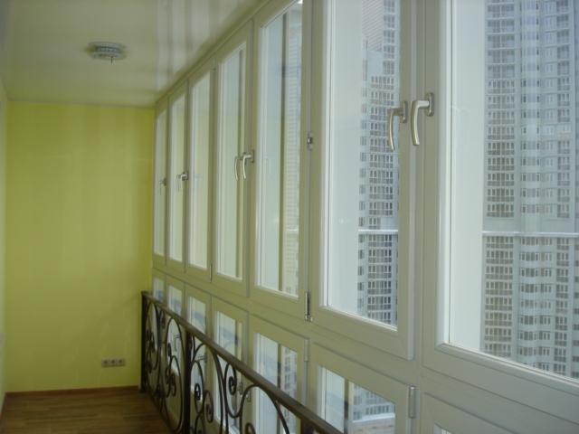 Окна в пол на балконе + фото.