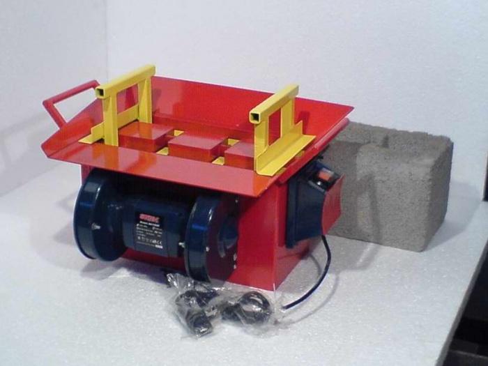 Станок для производства керамзитобетонных блоков своими руками фото 565