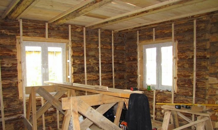 Отделка стен своими руками в деревянном доме 43