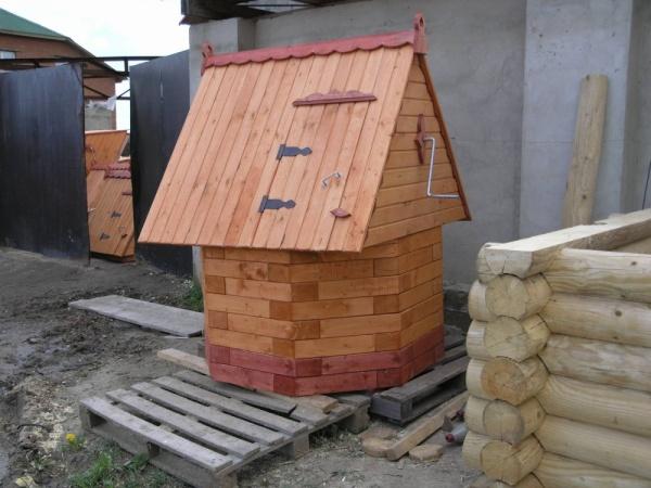 Как сделать домик для колодца своими руками - 3 76