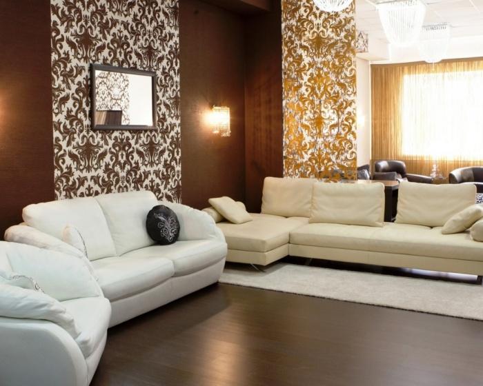 Дизайн комбинированных обоев в гостиную