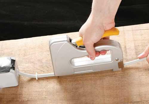 какой выбрать степлер чтоб прибить доски