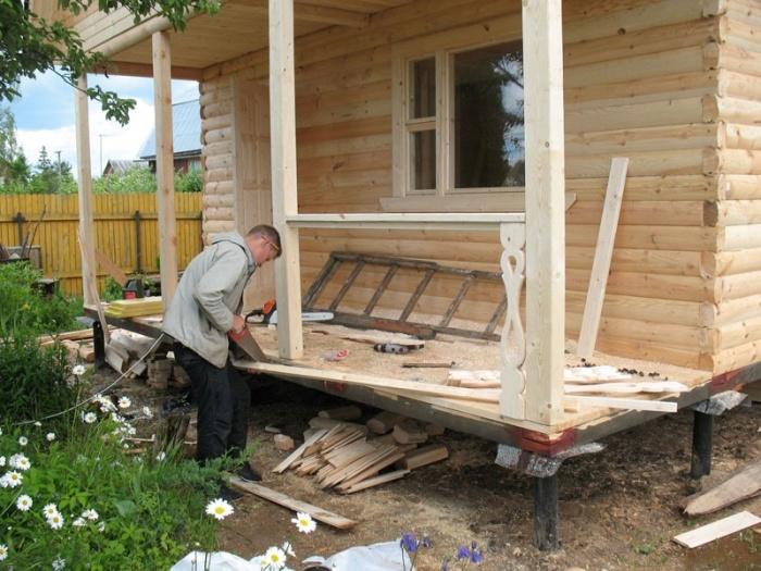 Как сделать крыльцо на даче своими руками из дерева как крепить брусы 19