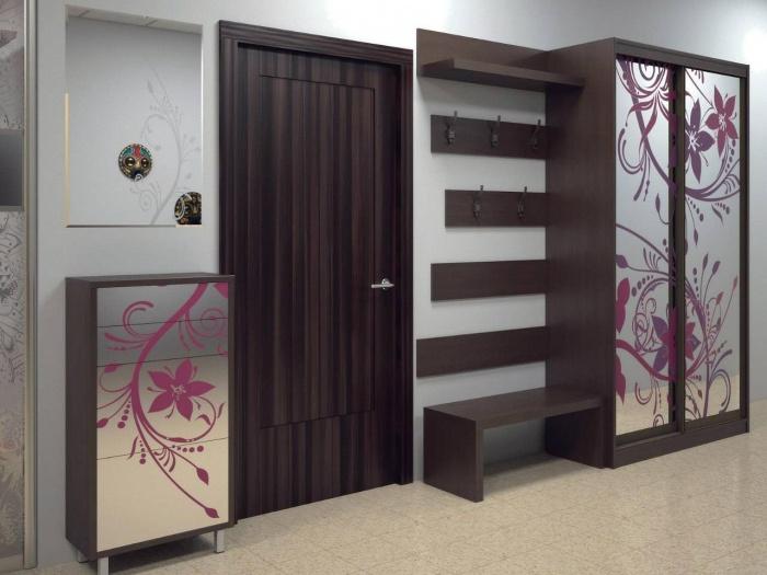 коридор со шкафом купе дизайн фото
