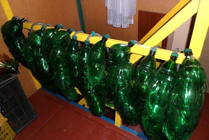 Вироби своими руками з пластикових бутилок своїми руками 48