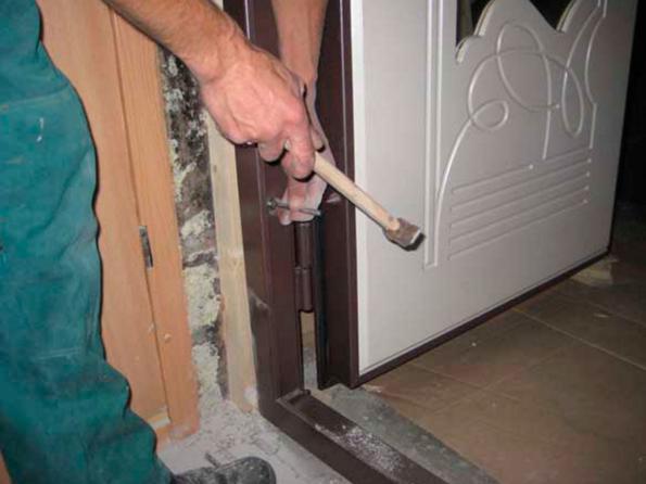 Как своими руками установить входную дверь
