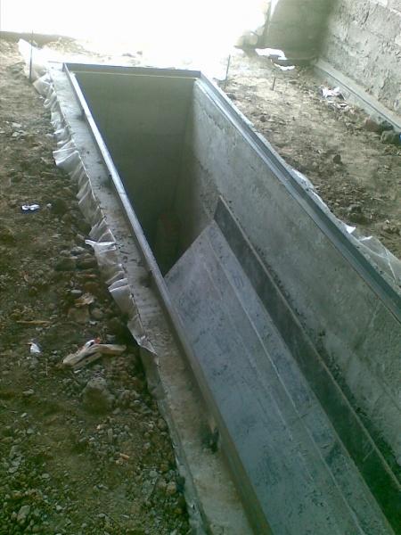 Как сделать смотровую яму в гараже от грунтовых вод 98