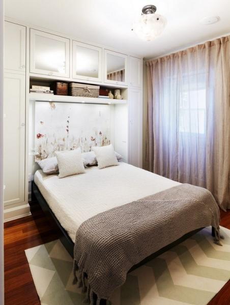 Дизайн маленькой квадратной спальни