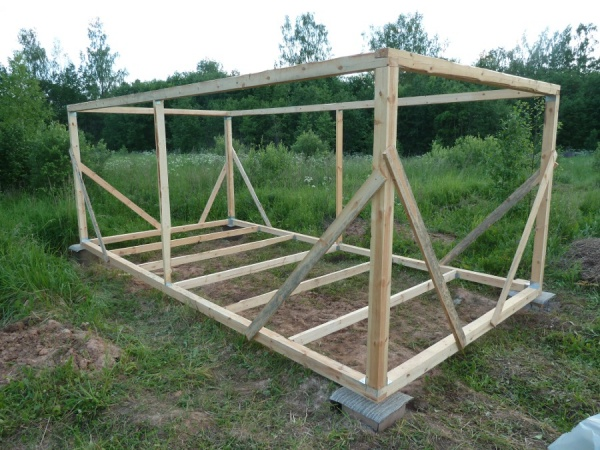 как построить хозблок на даче своими руками