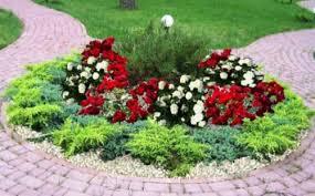 Прекрасный дизайн и оформление цветников и клумб на даче